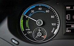 2013-Volkswagen-Jetta-Hybrid-speedometer_s.jpg